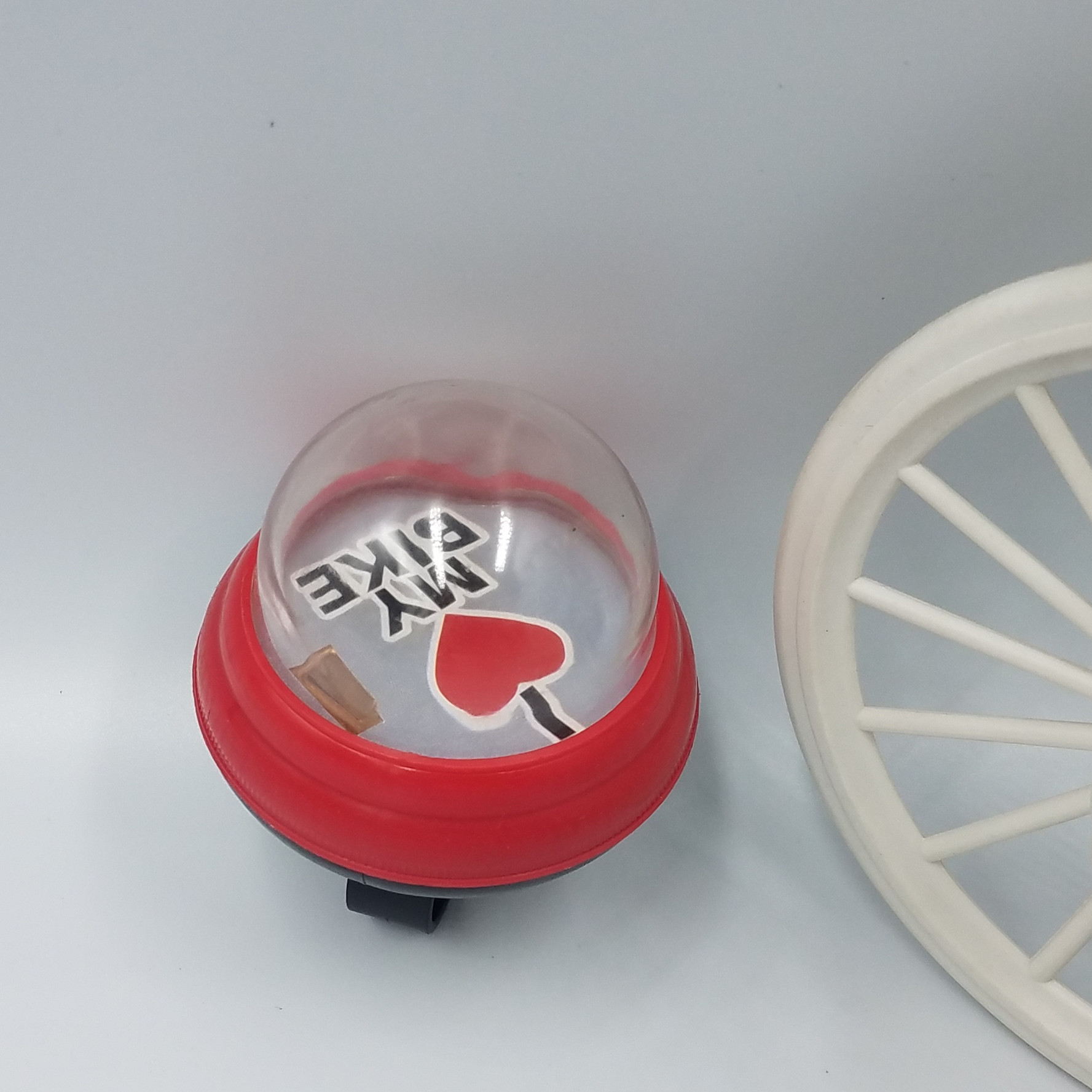 press Squeeze air bell